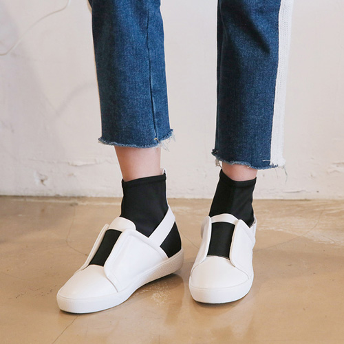 Dabagirl Contrast Color Elastic Band Sneakers
