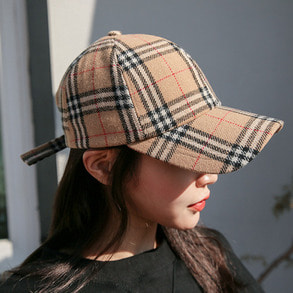 Dabagirl Plaid Check Cap