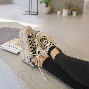 Dabagirl Lace-Up Platform Sneakers